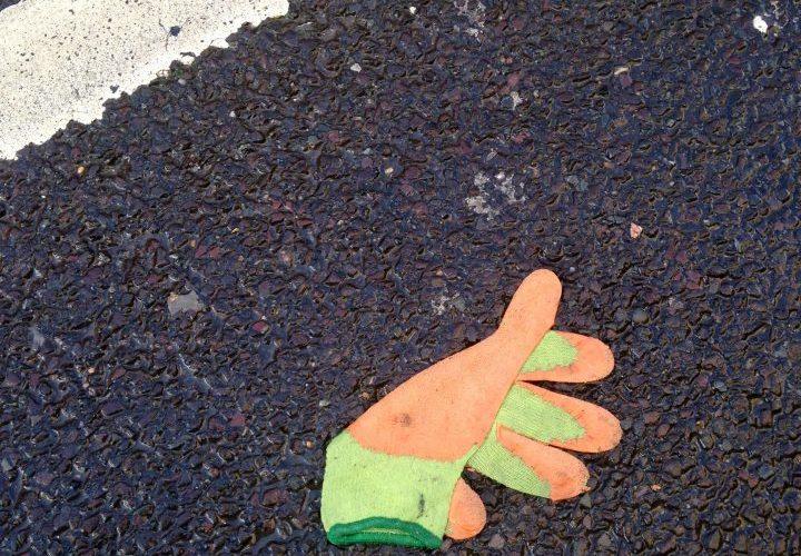 autumn leaf glove